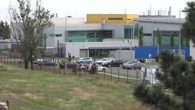 Centrum Lugar je biolaboratoř v gruzínském hlavním městě Tbilisi, kterou financoval Pentagon částkou 161 milionů dolarů.